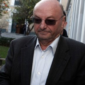 Bρόντηξαν τα PZH 2000 … Προφυλακιστέος για τις μίζες ο ΔημήτρηςΠαπαχρήστος