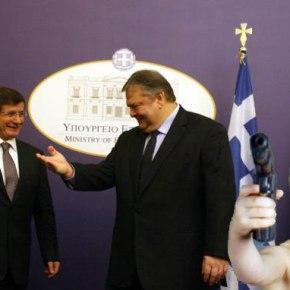 Απόπειρα δολοφονίας Νταβούτογλου στην Αθήνα «ανακάλυψαν» οιΤούρκοι
