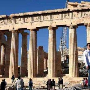 Η Ελλάδα επέστρεψε για τα καλά στον τουριστικό χάρτη, λένε οι Βρετανοίπράκτορες