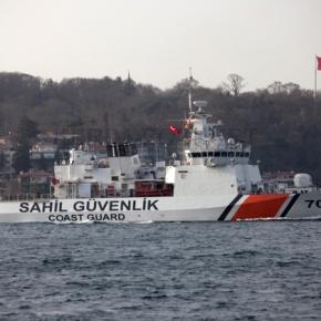 Tουρκικά πολεμικά & Υποβρύχια περνούν τα στενά του Βοσπόρου!