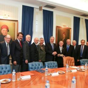 Κοινό λόμπυ ελληνοαμερικανών και αμερικανοεβραίων!