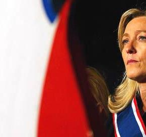 Και η Γαλλίδα Μαρίν Λεπέν «αδειάζει» τη ΧρυσήΑυγή