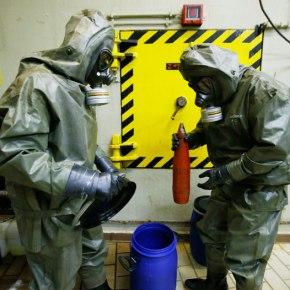 EΝΗΜΕΡΩΣΕ ΤΟ ΥΠΕΞ Η GREENPEACE – Διαβεβαιώσεις ότι δεν θα πέσουν στη Μεσόγειο τα χημικά τηςΣυρίας