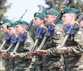 ΑΚΡΙΒΕΙΑ ΣΤΙΣ ΚΙΝΗΣΕΙΣ Εντυπωσιακά βίντεο οπλασκήσεων από Ελλάδα και εξωτερικό.ΒΙΝΤΕΟ