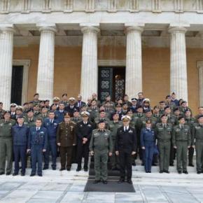 Επίσκεψη σπουδαστών ΣΕΘΑ στη βουλή τωνΕλλήνων