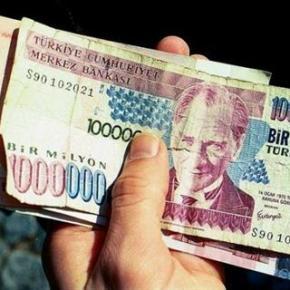 Τουρκία: Πιθανό το οικονομικό Βατερλό, καταρρέει τονόμισμα