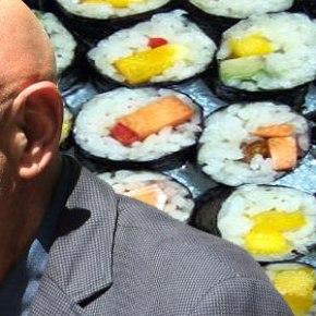 Αντί για κελί στον Κορυδαλλό απολαμβάνει σούσι σε ακριβόεστιατόριο…