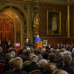 Βρετανία: Ομιλία της Α. Μέρκελ στο Ουέστμινστερ για τα θύματα τωνΠΠ
