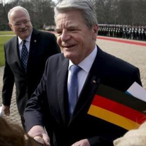 Απαγόρευση των συγκεντρώσεων την Πέμπτη λόγω της επίσκεψης του γερμανούπροέδρου