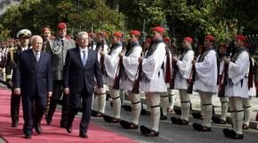 O Καρ.Παπούλιας έσωσε τα προσχήματα – Η Ελλάδα (είπε στον Γερμανό ομόλογό του) δεν παραιτήθηκε ποτέ των διεκδικήσεών της για τις αποζημιώσεις και το κατοχικόδάνειο