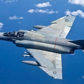 Περιπέτεια στον αέρα για F – 4 Phantom – Αναγκαστική προσγείωση στηνΚαλαμάτα