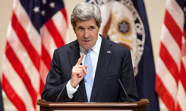 john-kerry-speech-da-600x358
