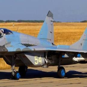 Και η ουκρανική Αεροπορία στην Κριμαία παραδόθηκε στην Ρωσία! – Δεκάδες μαχητικά καιελικόπτερα
