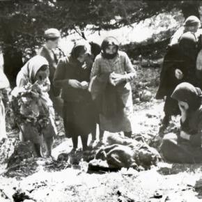 ΟΙ ΓΕΡΜΑΝΟΙ ΠΡΕΠΕΙ ΝΑ ΠΛΗΡΩΣΟΥΝ ΑΠΟΖΗΜΙΩΣΗ ΓΙΑ ΤΟ ΟΛΟΚΑΥΤΩΜΑ ΤΩΝ ΕΛΛΗΝΩΝ – 3 ΟΚΤΩΒΡΙΟΥ 1943: ΟΙ ΜΗΧΑΝΟΚΙΝΗΤΕΣ ΔΙΜΟΙΡΙΕΣ ΤΩΝ ΓΕΡΜΑΝΩΝ ΚΑΤΑΚΤΗΤΩΝ ΜΕΤΑΤΡΕΠΟΥΝ ΤΟ ΧΩΡΙΟ ΣΕ ΚΟΛΑΣΗ – ΦΩΤΟ ΑΠΟ ΤΗΘΗΡΙΩΔΙΑ