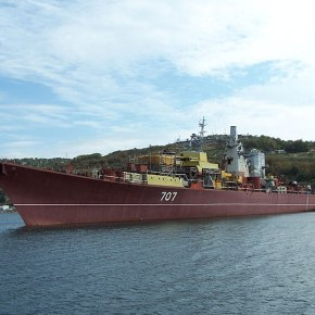 Οι Ρώσοι απέκλεισαν το ουκρανικό Ναυτικό βυθίζονταςπλοίο!