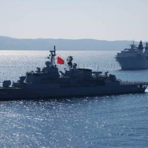 «Επίδειξη σημαίας» κάνουν οι Τούρκοι στο Αιγαίο με το στόλο τους – Τι δείχνουν ταστοιχεία