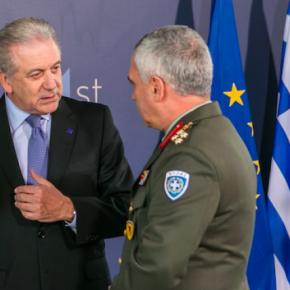 «Πάνε τις Ένοπλες Δυνάμεις για στρατοφυλακή»; Απορίες για την«εθνοσημομανία»