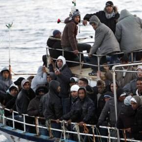 «Τούρκοι βυθίζουν μόνοι τους τις βάρκες με τους παράνομουςμετανάστες»