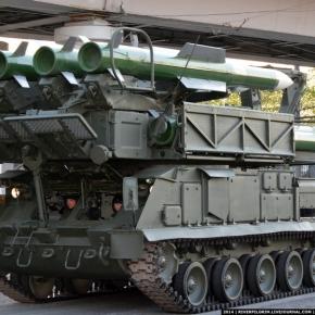 Εντυπωσιακή πρόβα επίδειξης δύναμης στους δρόμους της Μόσχας(Vid)