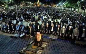 Προσευχή ισλαμιστών μπροστά στην Αγία Σοφία – Φωτογραφίες καιβίντεο