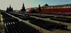 «Σείστηκε» η Κόκκινη Πλατεία – Η εντυπωσιακότερη παρέλαση για την «Ημέρα της Νίκης» από το1991