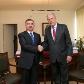 Τούρκος ΥΠΑΜ: Δεν λύνει το πρόβλημα το διεθνέςδίκαιο!