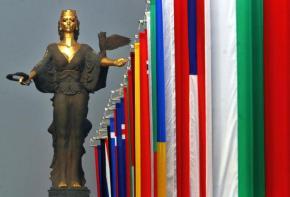 Πως οι ανατολικές φτωχές Ευρωπαϊκές χώρες θα μπορoύσαν να υποκύψουν στην γοητεία της Ρωσικής ιδέας για την ΕυρασιατικήΈνωση
