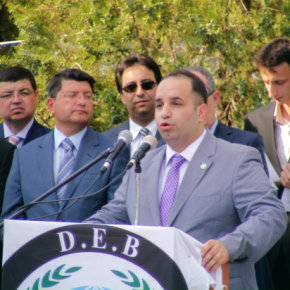 Οι εξτρεμιστές του DEB θα μοιράσουν δωρεάν φαγητό στους Έλληνες μουσουλμάνους τηςΘράκης…