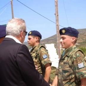 Η άλλη Ελλάδα της Τιμής και του Καθήκοντος Συμβολική απάντηση στρατιώτη στονΑβραμόπουλο!