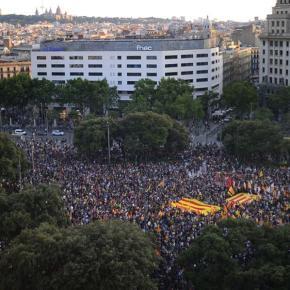«Αβασίλευτη δημοκρατία» ζήτησαν χιλιάδες διαδηλωτές στους δρόμους τηςΜαδρίτης