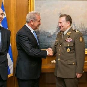 Συνάντηση ΥΕΘΑ Δημήτρη Αβραμόπουλου με τον Αρχηγό Ενόπλων Δυνάμεων της Δημοκρατίας της Κροατίας-φωτο