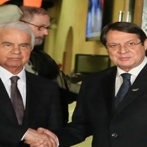 Κύπρος: Τέσσερις άκαρπες ώρες σπατάλησε ο Ν. Αναστασιάδης με τον Ντ.Έρογλου
