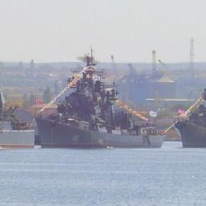 Η Ρωσία ενισχύει το Στόλο της στην Κριμαία …Με εντολήΠούτιν!