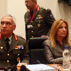 Ο ΣΥΡΙΖΑ ζητά στοιχεία για τα ΕΑΣ η Γεννηματά επικαλείταιαπόρρητο