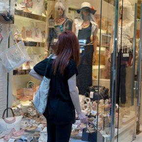 Σε ποιες περιοχές θα λειτουργούν τα καταστήματα τις Κυριακές Ανάμεσά τους τα ιστορικά κέντρα της Αθήνας και τηςΘεσσαλονίκης