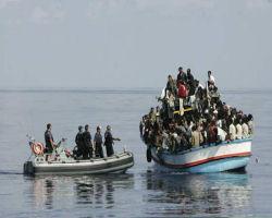 Σουρωτήρι το Αιγαίο…άν 77 λαθρομετανάστες έφτασαν στην Μύκονο, φανταστείτε τι μπορεί να κάνουν μερικές παραστρατιωτικές ομάδες! Διάσωση 77 μεταναστών ανοιχτά της Μυκόνου από τοΛιμενικό