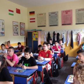"""Να τι διδάσκουν στα αλβανικά σχολεία της πατρίδας μας: """"Η Ελλάδα έχει πραγματοποιήσει «εθνοκάθαρση» με στόχο τον αφανισμό τωνΑλβανών""""!"""