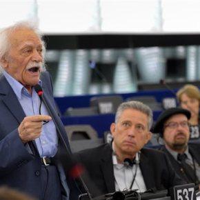 Γλέζος σε Πούτιν: Ξανασκεφτείτε την απόφασή σας για τους Ελληνες αγρότες Επιστολή του ευρωβουλευτή του ΣΥΡΙΖΑ στον ρώσοπρόεδρο