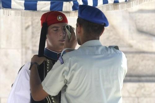 kausonas-stin-athina