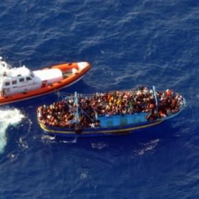 Οι Τούρκοι πουλάνε σωσίβια στους παράνομους μετανάστες που μαςστέλνουν!