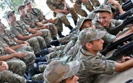 Θα μειωθεί η στρατιωτική θητεία, επιμένει ο Φωκαΐδης–