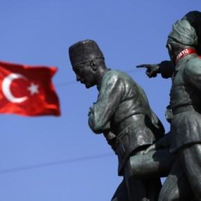 Τουρκική τουριστική «απόβαση» στηΛέσβο
