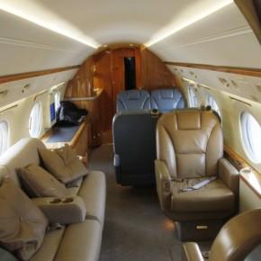 VIP «πόλεμος» για την πτήση Βενιζέλου από Σκιάθο γιαΒρυξέλλες
