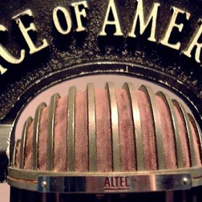 Κλείνει έπειτα από 72 χρόνια η Ελληνική Υπηρεσία της «Φωνής της Αμερικής»Η τελευταία εκπομπή θα μεταδοθεί την Τρίτη το πρωί ώρα Ελλάδος από τον Σκάι. Η Ελληνική Υπηρεσία είναι μια από τις ιδρυτικές υπηρεσίες της Φωνής τηςΑμερική