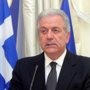 «Κλείνει» την θέση του Επιτρόπου για θέματα Μετανάστευσης οΔ.Αβραμόπουλος