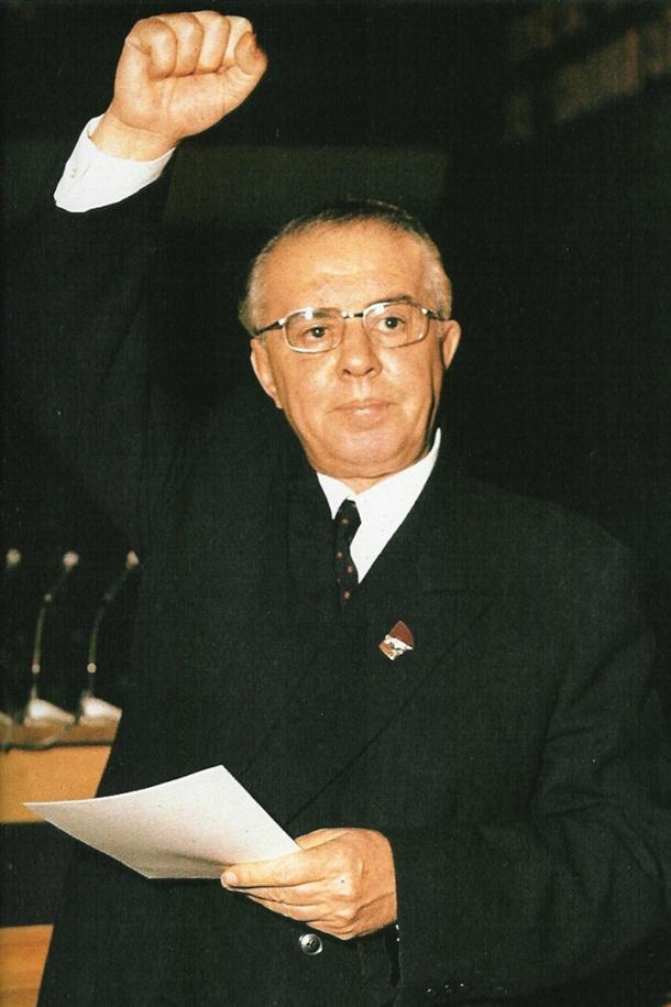 enver_hoxha_1971_6th_congress_pla