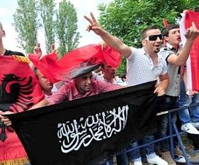 Αυξάνονται οι ΑλβανοιΙσλαμιστές