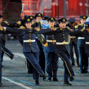Ρωσικό άρθρο κόλαφος για την ΠΑ: «Δεν έστειλαν την μπάντα γιατί δεν είχαν 200 ευρώ για εισιτήρια»BINTEO