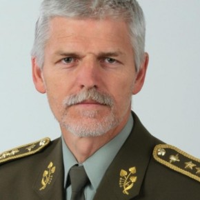 Ο Α/ΓΕΕΘΑ έχασε από την «καραμπόλα». Ο Τσέχος πρόεδρος της στρατιωτικής επιτροπής τουNATO