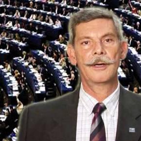 Πρώτη φορά ευρωβουλευτής σηκώνει το ανάστημα του και απαιτεί, να μην ξαναπούν τα ΣκόπιαΜακεδονία!